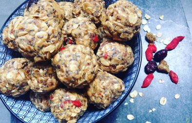 Oat & peanut butter ball